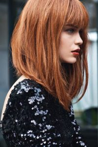 Corte v para cabello corto